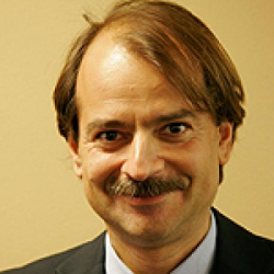 Профессор Джон Иоаннидис